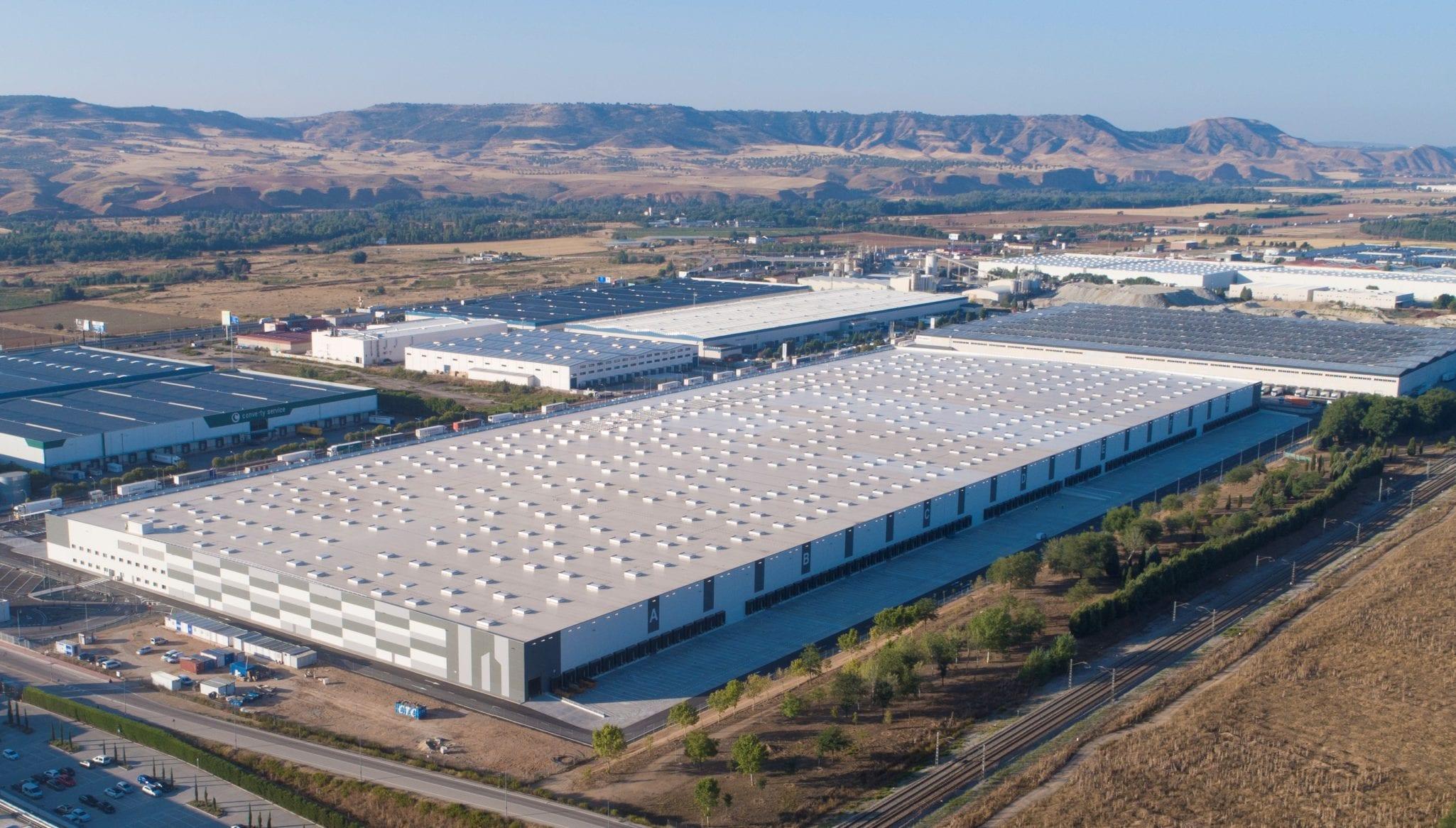 GSE Espagne livre le 1er entrepôt logistique d'Europe à recevoir la plus haute certification environnementale LEED