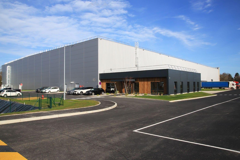 Dans les Pyrénées-Atlantiques (64), GSE REGIONS livre une plateforme logistique de 9 000 m² pour une PME locale