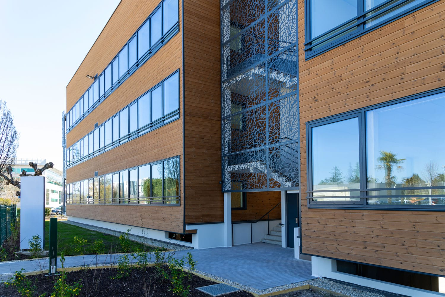 """GSE hands over """"WOOD OFFICE"""", the first BEPOS-certified wood-frame building in Greater Bordeaux"""